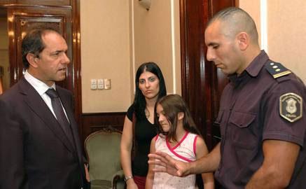 Scioli felicitó al Teniente ariel Marzo