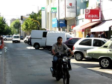 La calle Constitución ya está habilitada al tránsito