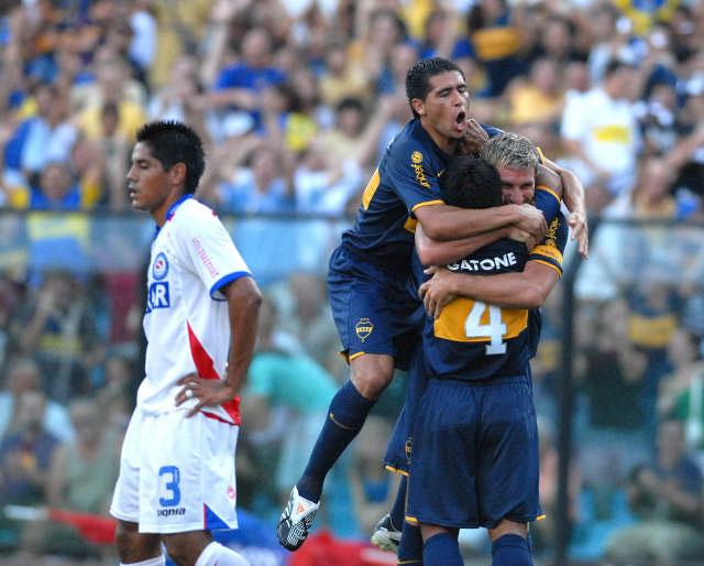 Palermo apareció nuevamente y abrió el camino del triunfo ante Argentinos Juniors.