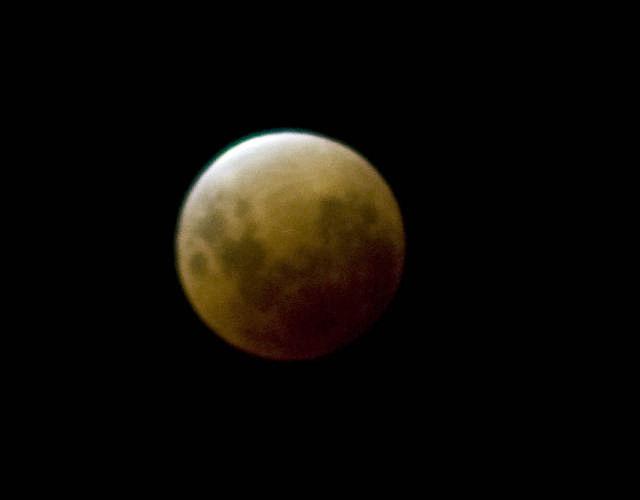 Toda Argentina pudo maravillarse con una espectacular luna rojiza
