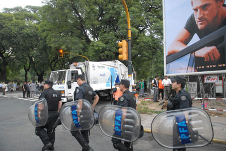 Desalojan a cartoneros de Belgrano en un operativo con incidentes