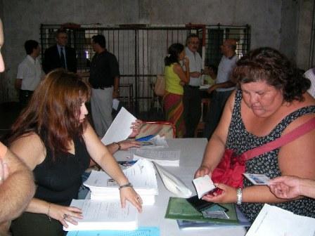 Se entregaron radicaciones a extranjeros en San Fernando