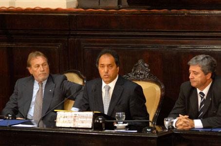 Scioli durante su discurso ante la Asamblea Legislativa