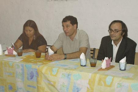 El Presidente del Concejo Deliberante de Tigre, Daniel Gambino y el Concejal del Frente para la Victoria, Dr. Rodrigo Molinos, visitaron a los vecinos del barrio San Diego