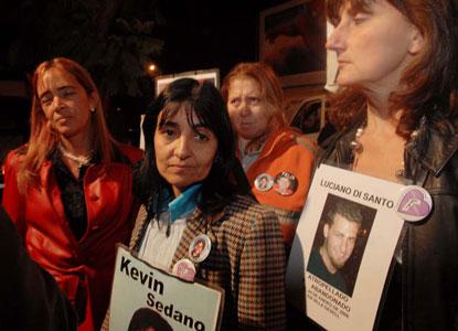 Vecinos de Vicente López, familiares y amigos de víctimas de