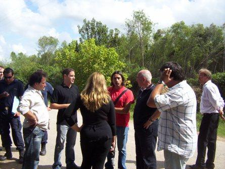 Personal del OPDS y del Municipio de Tigre inspeccionan un basural.