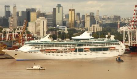 Arribó al Puerto de Buenos Aires el último de los 99 cruceros que ingresaron durante la temporada 2007 – 2008