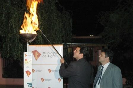 Inauguran red de gas en el barrio Malvinas Argentinas de Tigre