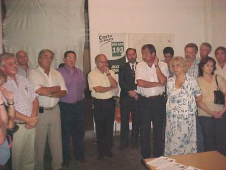 Participación de numerosos referentes históricos de la agrupación, como Ernesto Casaretto, Hugo Leber y Guillermo de la Vega.