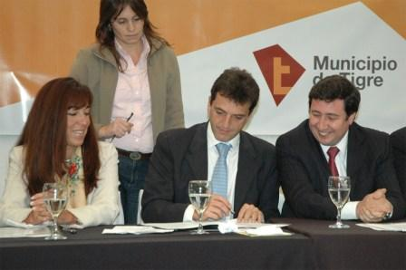 María Matilde Morales - Sergio Massa - Daniel Arroyo