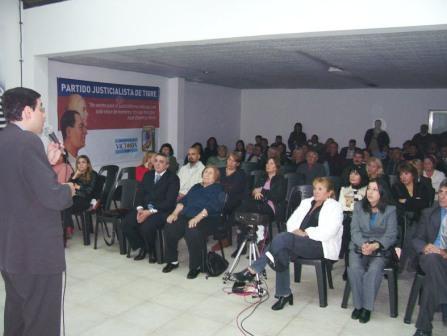El partido justicialista de Tigre conmemoro el natalicio de Eva Perón