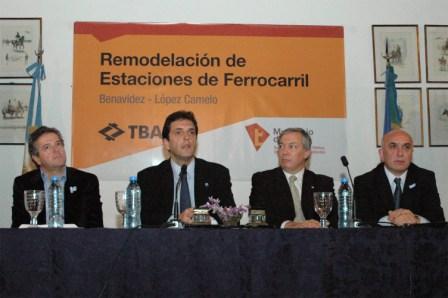 El intendente municipal de Tigre, Sergio Massa, firmó hoy con el presidente de TBA (Trenes de Buenos Aires) Marcelo Calderón, y el presidente de COMETRANS, Claudio Cirigliano