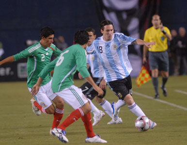 Argentina gana, golea y gusta, con un inspirado Messi