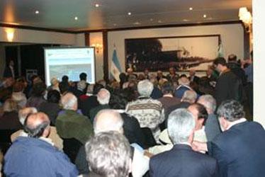 Exposición sobre avances en obras del canal costanero