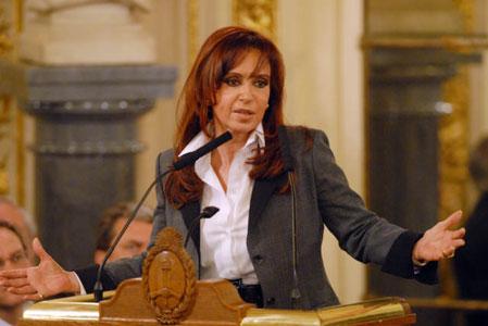 Cristina anuncia el envío de retenciones móviles al parlamento