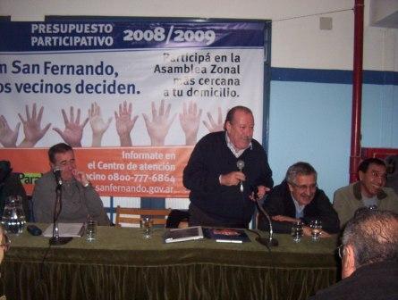 El pasado sábado se realizó en la escuela Escuela Nº 17 la primera reunión con vecinos de Virreyes y Victoria Oeste para poner en marcha el Presupuesto Participativo 2008-2009