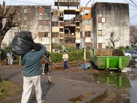 Concientización de Higiene Urbana en Barrio San Pablo