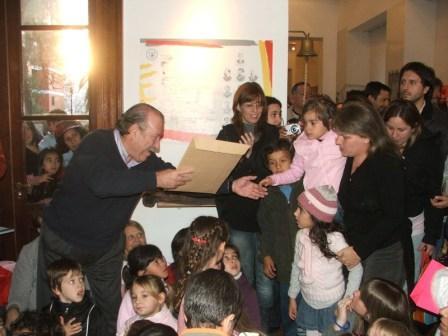 Participaron del evento el Intendente Osvaldo Amieiro, alumnos de instituciones públicas y privadas