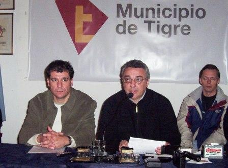 El Intendente Julio Zamora y el Gabinete realizaron una reunión de trabajo