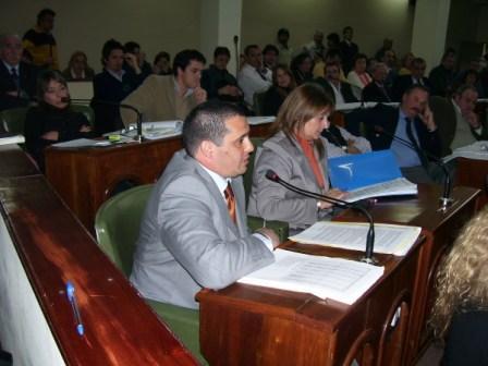 LEANDRO MARTIN Presidente Bloque Partido Justicialista - Frente para la Victoria San Isidro