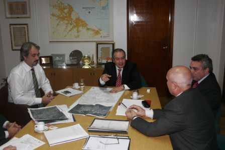 El Secretario de Obras Públicas de la Nación recibió al Intendente Julio Zamora