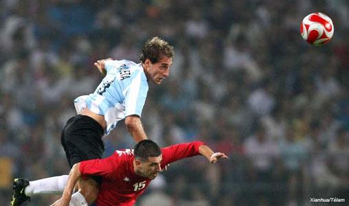 Argentina busca ante Holanda el pase a las semifinales