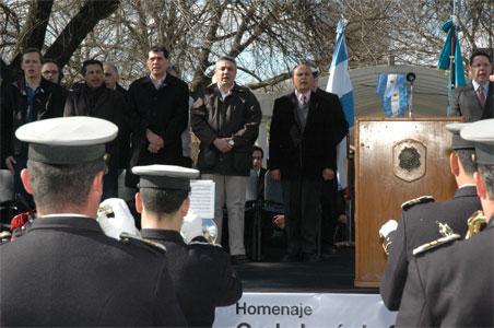 Con la presencia del intendente municipal de Tigre, Dr. Julio Zamora, se conmemoró el 158º aniversario del  fallecimiento de General José de San Martín con un desfile cívico-militar en la plaza San Martín de Don Torcuato.