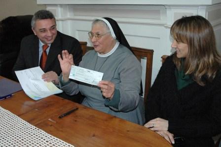 El municipio de Tigre entregó un subsidio al Hogar Santa Rosa