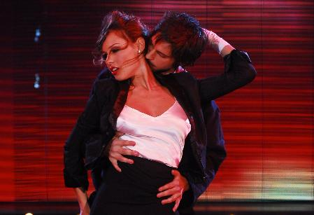 Pampita y Marixa Balli se destacaron en el Strip dance en Bailando por un Sueño