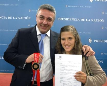 La deportista de Tigre volvió al país tras su bronce en judo en Beijing y fue distinguida en la Casa Rosada.