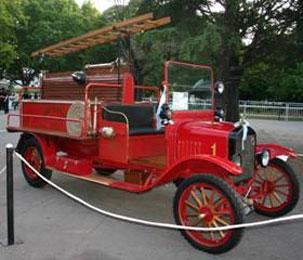 Gran muestra de autos antiguos en San Isidro