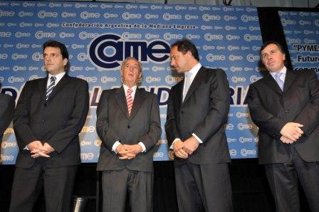 El gobernador Daniel Scioli participó este mediodía de la celebración del Día de la Industria junto a más de 700 dirigentes empresarios de todo el país agrupados
