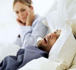 Uno de cada tres argentinos ronca en forma continua al dormir