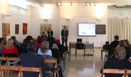 Docentes y padres abordan el bullying en Vicente López