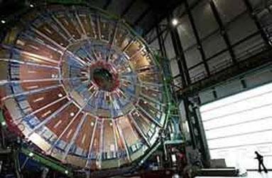 Ponen en marcha el mayor acelerador de partículas del mundo