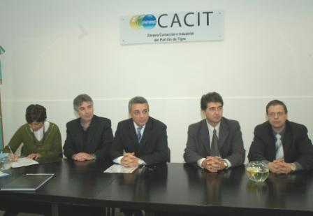 Convenio para la realización de una encuesta sobre demanda laboral en el distrito (CACIT)