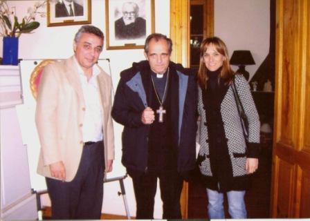 El intendente recorrió la obra junto a la secretaria Malena Massa, el obispo Monseñor Casaretto y al Arq. Hiram Gualdoni.