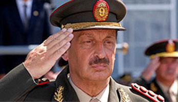 El Gobierno designó a Luis Alberto Pozzi como nuevo Jefe del Ejército