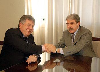 El ministro de Justicia y Seguridad, Aníbal Fernández, y su par bonaerense, Carlos Stornelli