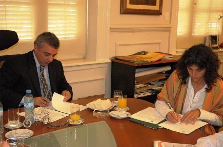 Zamora y Picolotti firman convenios para el desarrollo de Tigre
