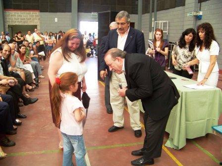 Más de 300 chicos recibieron sus lentes en San Fernando