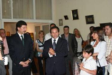 Cálida despedida en Martínez para el fiscal Ariel Apolo