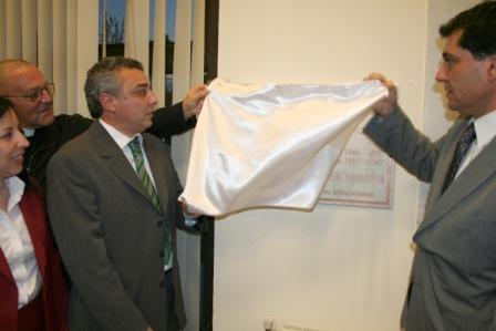 Zamora y Gambino descubren la Palca en homenaje a Ubieto