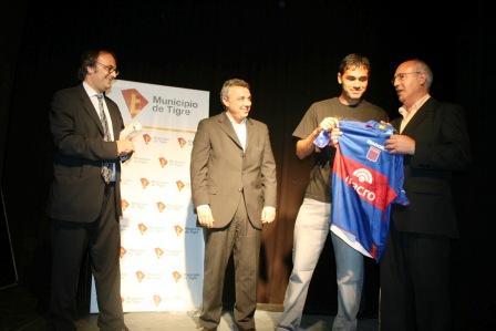 Muestra Homenaje en Tigre a Daniel Pellagata