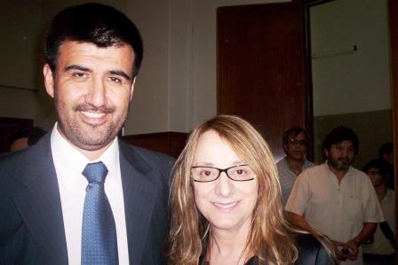 la Ministra de Desarrollo Social de la Nación, Dra. Alicia Kirchner y el Subsecretario de Desarrollo Social de Tigre, Juan Carlos Riquelme.