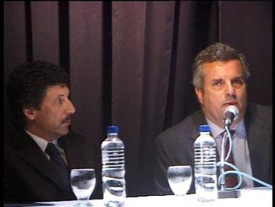 El intendente Posse y el embajador Belsabé durante el encuentro