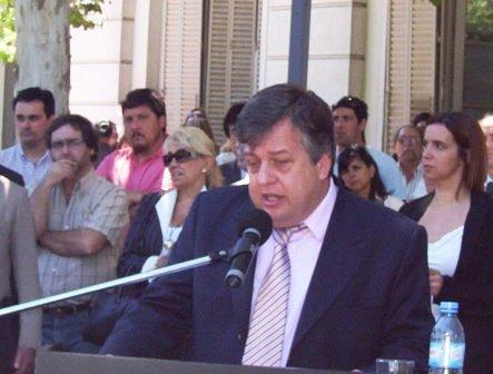 Stornelli criticó a los que ahora