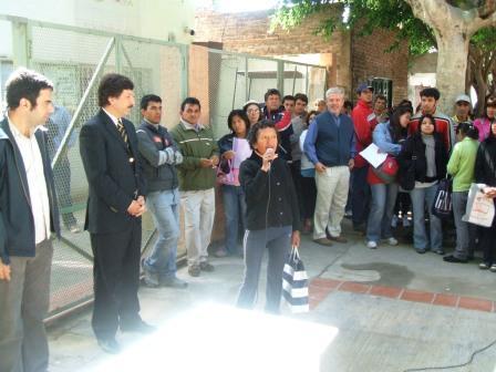 Nueva entrega de radicaciones a inmigrantes en San Isidro