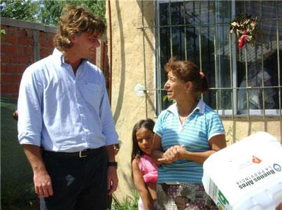Nicolás Scioli, Coordinador Ejecutivo del OPDS junto a Nilda Ríos de la Biblioteca