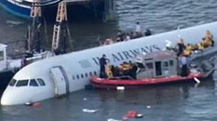 Un avión cayó al Río Hudson y se salvaron sus 152 ocupantes
